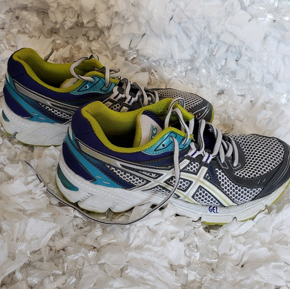 a2c0ca31a30 3 for $21 Asics Gel Equation Shoes size 6